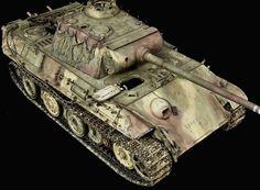 Tamiya Model Kits, Self Propelled Artillery, Tiger Tank, Model Hobbies, Model Tanks, Armored Fighting Vehicle, Military Modelling, Ww2 Tanks, Battle Tank