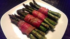 """Bacon wrapped Asparagus - """"Super simple and super delicious"""" @allthecooks #recipe"""