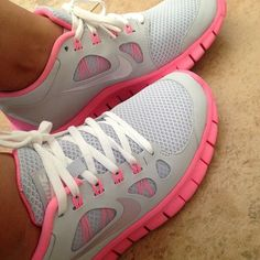 Maybe cute nike shoes will motivate me to work out haha...or I could just have cute sneakers;) ♥♥