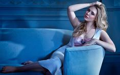 This HD wallpaper is about Elizabeth Olsen, photo, Original wallpaper dimensions is file size is Elizabeth Olsen, Kate Olsen, Ashley Olsen, Queen Elizabeth, Celebrity Wallpapers, Celebrity Photos, Collections Photography, Cultura Pop, Bikini Photos