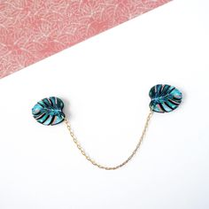 https://www.etsy.com/listing/520101971/palm-leaf-collar-clips-gifts-for-plant?ref=shop_home_active_15