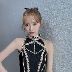 Japanese Girl Group, Famous Girls, Kim Min, Korean Music, Kpop Fashion, Korean Girl, Kpop Girls, Ulzzang, Crochet Top