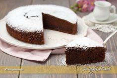 Torta ricotta e cioccolato soffice che si scioglie in bocca. Ricetta dolce facile e veloce per la colazione e la merenda. E' buonissima!