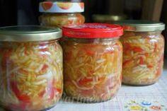 Cuketový salát pepřák před sterilováním Salsa, Mason Jars, Food And Drink, Canning, Mason Jar, Salsa Music, Home Canning, Conservation, Glass Jars