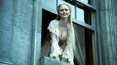 Lisa (Jayne Wisener).