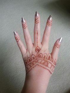 Hand henna tattoo