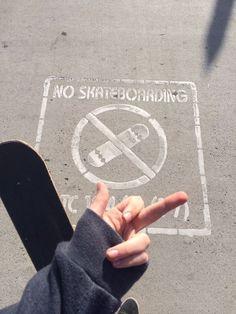 My girlfriend is going to fucking kill me. Might as well skateboard here! ❤️ Love you babe Photowall Ideas, Skate Girl, Skater Boys, Skateboard Art, Skateboard Tumblr, Skateboard Pictures, Aesthetic Grunge, Aesthetic Photo, Burton Snowboards