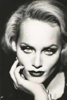 View Amber Valletta en Marlene Dietrich, portrait, 1995 by Peter Lindbergh on artnet. Browse upcoming and past auction lots by Peter Lindbergh. Peter Lindbergh, High Fashion Photography, Glamour Photography, Portrait Photography, Ethereal Photography, Lifestyle Photography, Editorial Photography, Amber Valletta, Marlene Dietrich