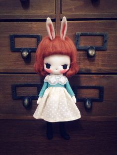Little Bunny is about 18cm tall (including the ears)  Hands and legs are movable.