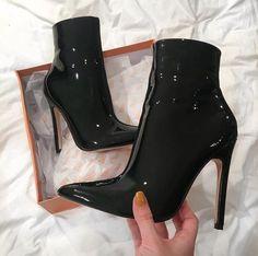 high heel boots stilettos \ high heel boots + high heel boots outfit + high heel boots ankle + high heel boots knee + high heel boots outfit jeans + high heel boots stilettos + high heel boots outfit ankle + high heel boots ankle with jeans High Heel Boots, Heeled Boots, Bootie Boots, Shoe Boots, Ankle Boots, Pointy Boots, Boot Heels, Cute Shoes, Women's Shoes