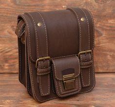 Оригинальная коричневая сумка