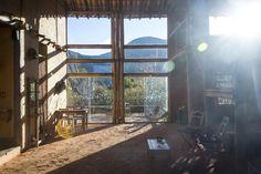 Luz do dia. Pousada Travessia - Lapinha da Serra. #serradocipo #mg #minasgerais #nature #sun #montanha #luz #photo #marcelocoelho #reallife #lifestyle @marcelocoelhofotografia www.marcelocoelho.com