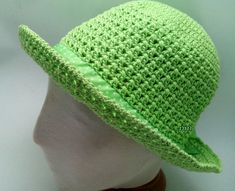 Crochet Hat With Brim Green 19 New Ideas Crochet Hat With Brim, Crochet Gloves Pattern, Crochet Cardigan, Crochet Projects To Sell, Crochet Crafts, Free Crochet, Cotton Hat, Wide-brim Hat, Crochet For Beginners