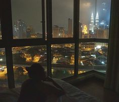 Apartment city view night dreams 56 ideas for 2019 Night Aesthetic, City Aesthetic, Aesthetic Bedroom, Aesthetic Grunge, Night Window, Window View, Apartment View, Dream Apartment, City By Night