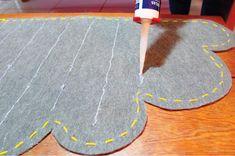 _04_como_fazer_um_tapete Ideas Para, Fun Crafts, Weaving, Cushions, Kids Rugs, Cool Stuff, Nuevas Ideas, Diy, Stitches