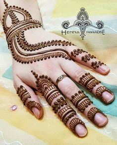 Check out Bridal Mehndi Designs For Hands and legs. We have collected creative bridal mehandi designs to make your Wedding Day Special. Henna Hand Designs, Simple Arabic Mehndi Designs, Mehndi Designs For Girls, Mehndi Art Designs, Beautiful Mehndi Design, Latest Mehndi Designs, Bridal Mehndi Designs, Henna Tattoo Designs, Simple Designs