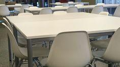Nieuwe tafels en stoelen in restaurant Eindhoven van Máxima Medisch Centrum