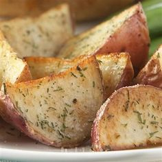 To serve with the salmon : Delicious Garlic & Herb Roasted Potatoes! Super simple and absolutely delicious!