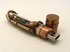 Steampunk usb flash drive 16GB. por slotzkin en Etsy