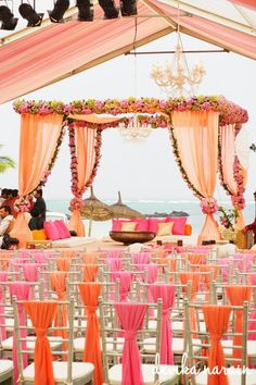 Photo of peach wedding mandap - Indian Wedding Website : WedMeGood Wedding Ceremony Ideas, Wedding Ceremony Outline, Wedding Mandap, Desi Wedding, Wedding Stage, Wedding Beach, Trendy Wedding, Budget Wedding, Outdoor Ceremony