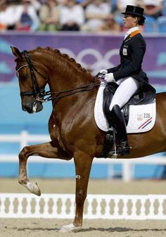 London 2012 Olympic Dressage Freestyle Finals - Adelinde Cornelissen and Parzival #horses