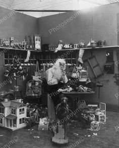 Santa Claus In His Workshop Vintage 8x10 Reprint Of Old Photo