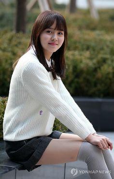 Kim So Hyun Korean Women, Korean Girl, Kim Sohyun, Kim Yoo Jung, Girl Korea, School Uniform Girls, Asian Celebrities, Chinese Actress, Korean Actresses