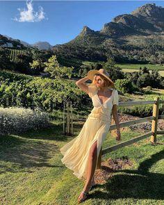 I wanna have my own vine yard when I'm old 🤤🤤🍷🍷🍷🍷🍷 Anzeige Mara Hoffman, Jessie, Mary Janes, Paris, Instagram Models, Cape Town, Chiffon Dress, Vines, Formal Dresses