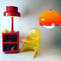 Mid Century Design, Mid-century Modern, Pop Art, Table Lamp, Space Age, Lights, Vintage Stuff, Chandeliers, Kid