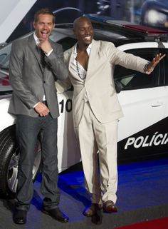 Paul Walker & Tyrese....Fast Family for Life♡ ♡ ~ Ʀεƥɪииεð╭•⊰✿ © Ʀσxʌиʌ Ƭʌиʌ ✿⊱•╮