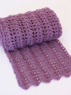 Crocheted Scarf {Free Pattern} | A Spoonful of Sugar...Could also make wider for a shawl.