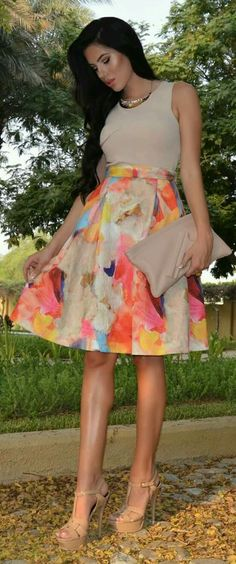 Laura Badura Rainbow Eye Catching Print Midi Skirt ❤ Pinned by Cindy Vermeulen. Please check out my other 'sexy' boards. Summer Outfits, Casual Outfits, Cute Outfits, Fashion Outfits, Womens Fashion, Look Kim Kardashian, Jw Mode, Skirt Outfits, Dress To Impress