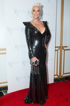 After-Baby-Body von Brigitte Nielsen Brigitte Nielsen, Rapper, Vogue, Red Sonja, Baby Body, Celebs, Celebrities, Classic Hollywood, Gorgeous Women