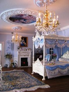 2012 Show House. Pretty blue bedroom. re-pinned from Dollhouse miniatures by Sharon Cumrine