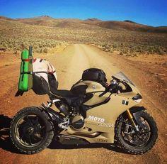 Ducati Planigale 1199 - Desert Edition