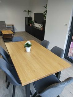 Jídelní stůl Verano Conference Room, Dining Table, Furniture, Products, Home Decor, Chairs, Summer Time, Decoration Home, Room Decor