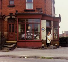 Mrs Collins and Mrs Clayton, Robinsons' Famous Fisheries, Beck Road, in the summer of 1974