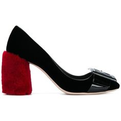 Miu Miu shearling heel pumps (2.795 RON) ❤ liked on Polyvore featuring shoes, pumps, black, black shoes, kohl shoes, high heel shoes, miu miu shoes and black pumps