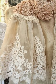 The Polka Dot Closet: Making Shabby Scarves From Vintage Table Runners And Lace Shabby Chic Crafts, Vintage Crafts, Fru Fru, Altered Couture, Lace Outfit, Linens And Lace, Lace Doilies, Vintage Embroidery, Beaded Embroidery