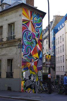 Street Graffiti    Paris, France