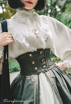 Surface Spell -Unfinished Book- Lolita Corset Ok Jesus she is tiny. Steampunk Fashion, Victorian Fashion, Steampunk Clothing, Gothic Lolita Fashion, Gothic Steampunk, Victorian Gothic, Gothic Fashion, Old Fashion Dresses, Fashion Outfits