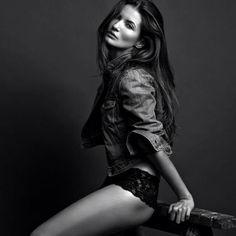 Can't wait to shoot with you again @maayanziv_ ✨#chantalesgirl #maayanziv #sutherlandgirl #photoshoot #model #wilhelminamiami #wilhelminamodels #foliofever #fordla #heffnermanagement #fashion #style #linashek #love #myfavorite