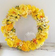 メルカリ商品: ビタミンカラー イエローお花いっぱいリース 現品 お祝い 贈り物ハンドメイド #メルカリ