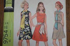 Vintage Dress Pattern McCalls 9754 Size 14 by strangenotions, $6.00