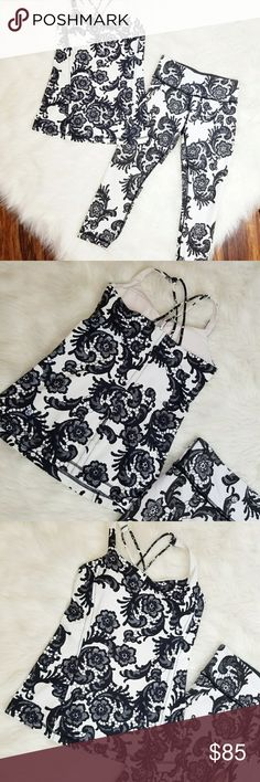 Lululemon Floral Workout Set The cutest set from Lululemon. The top is padded with a built in bra (size dot located under left breast pad) and it has criss cross straps in the back. The leggings are a crop and it has the waistline pocket. TEAR TAGS NOT ATTACHED. Great condition!   Retail: Top $58               Bottom: $98 Size: 4   MAKE A REASONABLE OFFER OR ADD TO A BUNDLE FOR A PRIVATE OFFER! lululemon athletica Pants Leggings