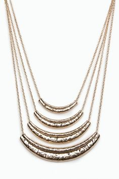 tiered chain necklace.