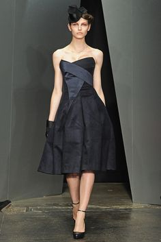 Donna Karan Fall 2012 Ready-to-Wear - Collection - Gallery - Style.com