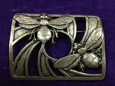 Art Deco Sterling Silver Bumblebee Brooch Bee Jewelry, Insect Jewelry, Jewelry Art, Antique Jewelry, Silver Jewelry, Vintage Jewelry, Jewelry Accessories, Jewelry Design, I Love Bees