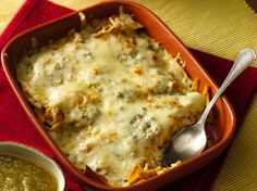 Ingredients  1 1/2 cups salsa verde  1/2 cup sour cream  1 box (4.6 oz) Old El Paso® taco shells (8 shells)  2 cups shredded deli rotisserie chicken (from 2-lb chicken)  2 cups shredded Monterey Jack or mozzarella cheese (8 oz)
