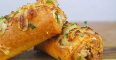 Lasagna Dip Stuffed Garlic Bread | Lunch/Dinner Recipes | Pinterest | Garlic Bread, Lasagna and Breads